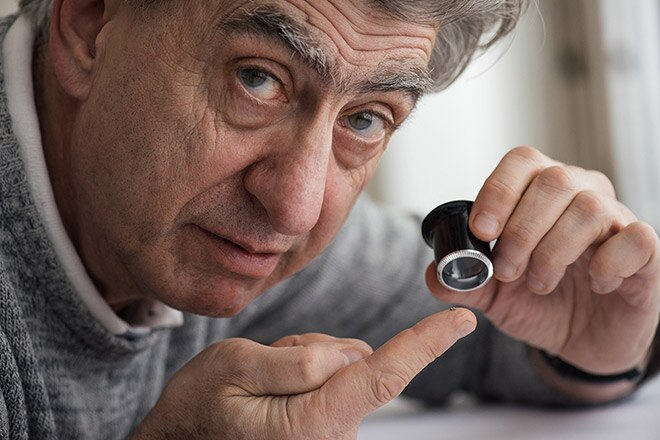 Swatch Group creates the world's smallest Bluetooth chip